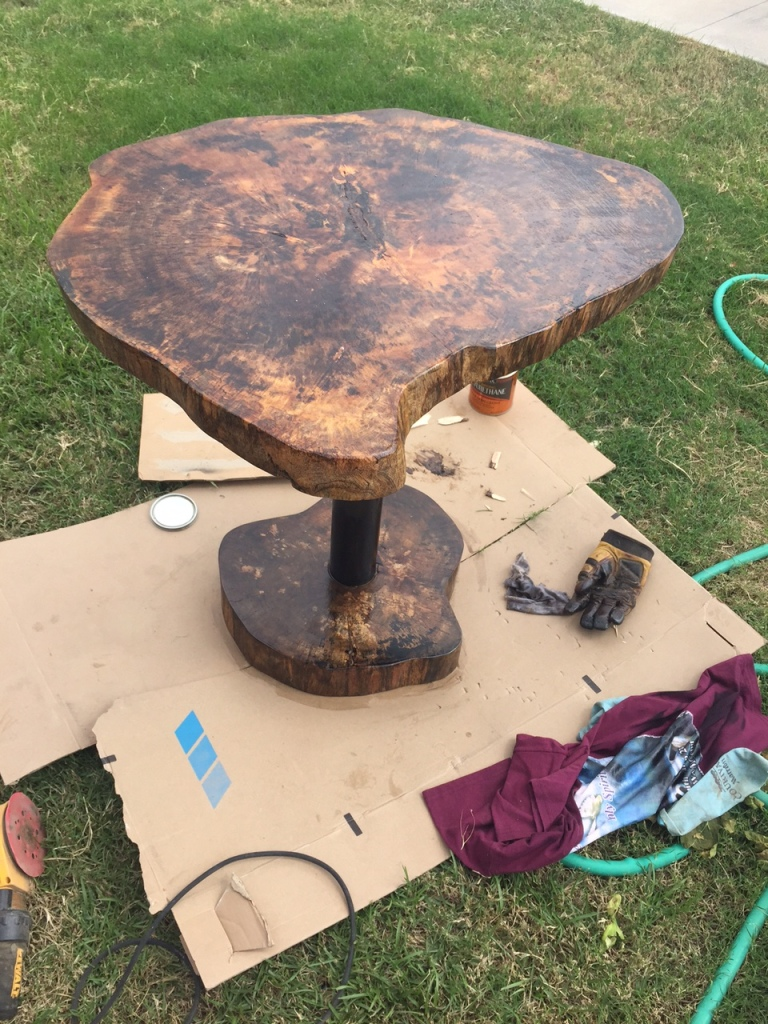 Mango table with metal stand and mango footing